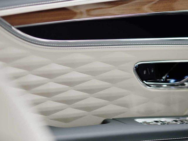 New Flying Spur will be first Bentley with all-wheel steering
