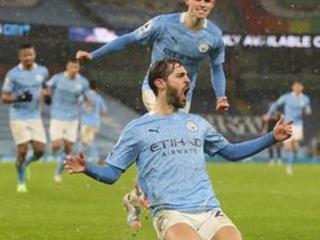 Man City breaks down Villa's resistance to win 2-0 in EPL