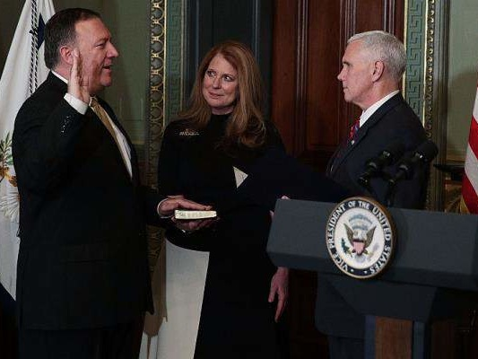 Susan Pompeo Wiki: Who Is CIA Director, Mike Pompeo's Wife?