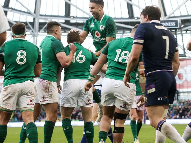 Ireland 28-8 Scotland: Job well done for record-breaking Ireland