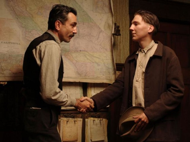 Did Daniel Day-Lewis Really Freak Out His Co-star on There Will Be Blood?