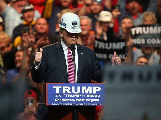 Trump set to ramp up re-election campaign this fall, because there are still rubes to fleece