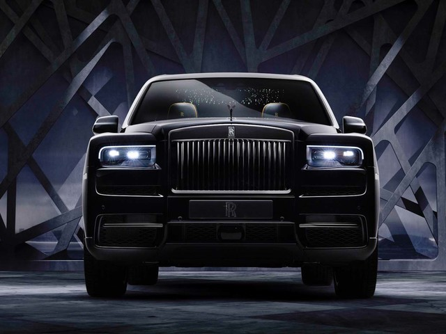 2020 Rolls Royce Cullinan Black Badge Edition Released