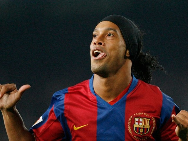 Pep Guardiola will turn Manchester City into the new Barcelona, insists Brazilian legend Ronaldinho