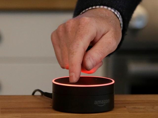 Echo Dot leads the way for Amazon's holiday push (AMZN)