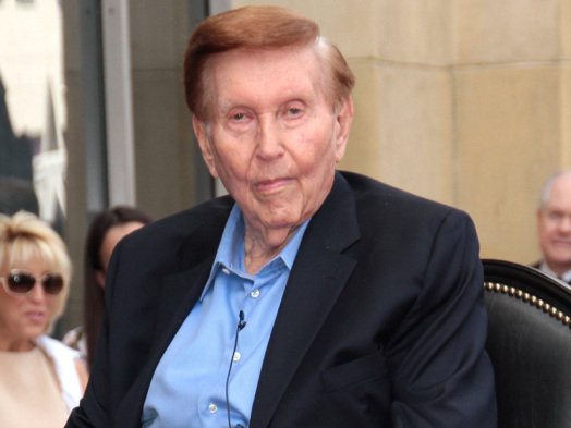 Sumner Redstone's Ex-Girlfriend Fights With Nurse For Access to Secret Tapes