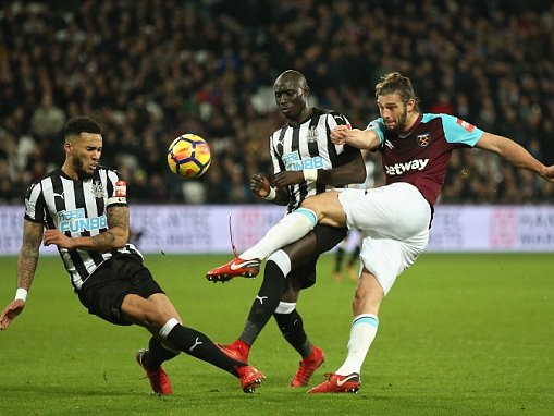 West Ham have no desire to loan Andy Carroll to Chelsea