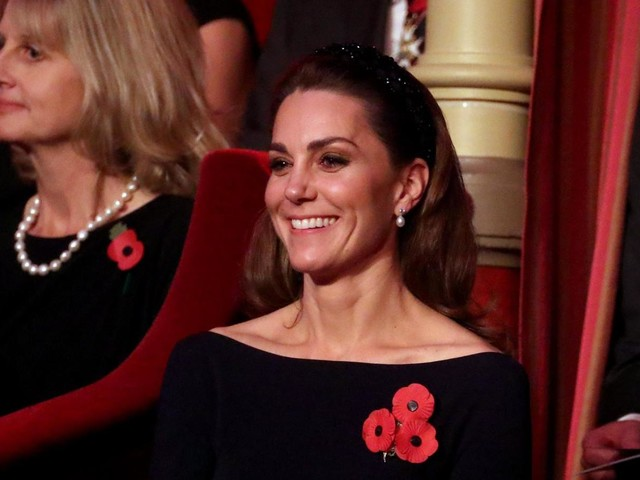 Kate channels this season's biggest hair trend in £18 Zara headband for Festival of Remembrance