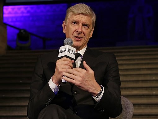 Arsene Wenger reveals he is ready to start a new job in January