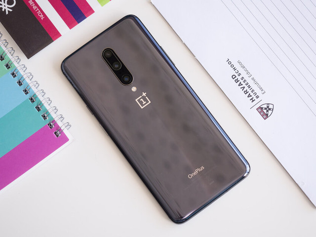Android 10 update resumes for OnePlus 7 and OnePlus 7 Pro