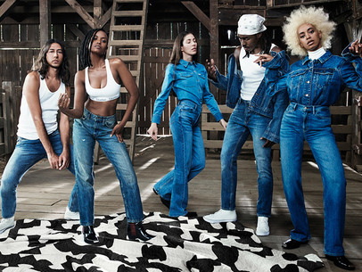 Start The Day: Solange, RAYE, MIKE, and Dime's Holiday 2017 collection