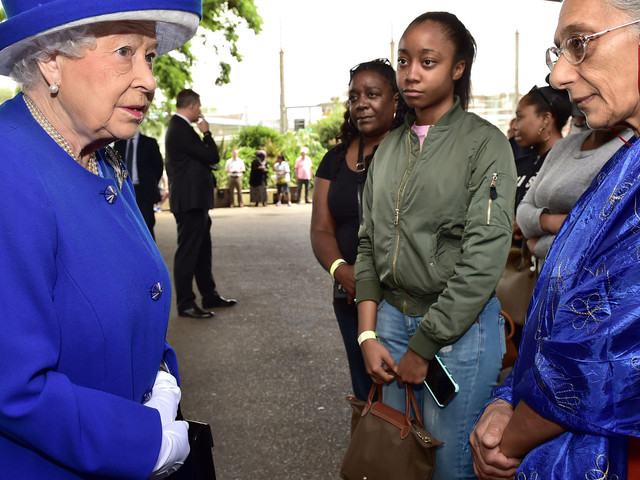 The Queen Shows Up Theresa May After MeetingGrenfell Tower Fire Victims At Scene