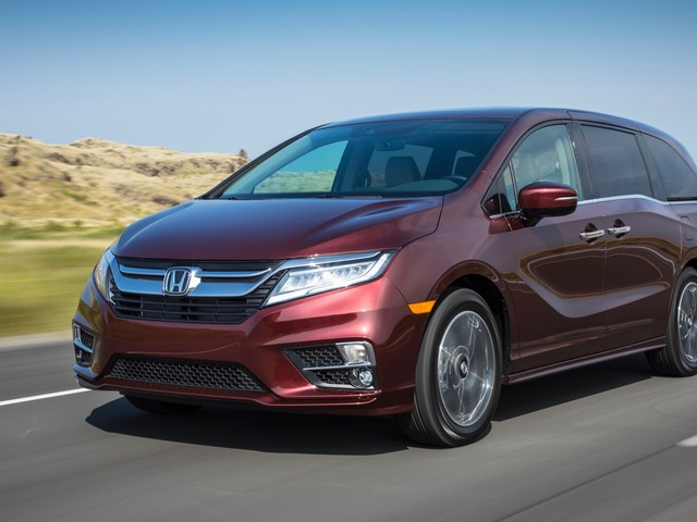 2018 Honda Odyssey Review: Get Over the Stigma
