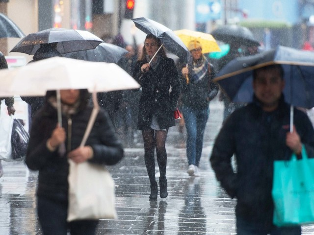 UK weather forecast: Strong winds and heavy rain to sweep in as Britain marks Brexit day