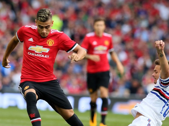Manchester United give Andreas Pereira contract extension following loan move