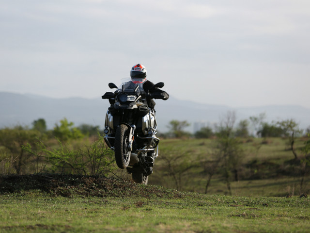 Review: 2019 BMW R 1250 GS review, test ride