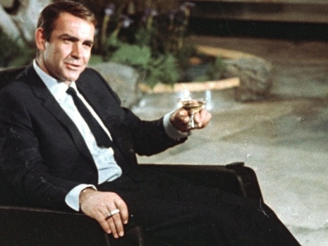 'A legend on screen and off': Tributes pour in after death of Sean Connery