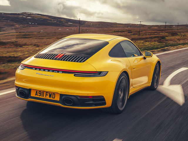 Porsche 911 Carrera 4S 2019 UK review