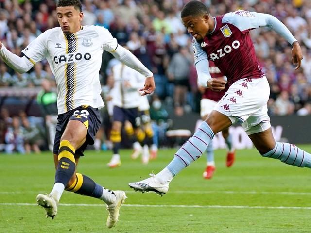 Aston Villa fans gutted as Leon Bailey injury update emerges