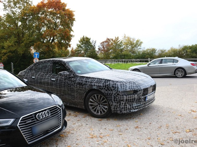 VIDEO: 2023 BMW 7 Series Spied Testing Again — Peculiar Front End Persists