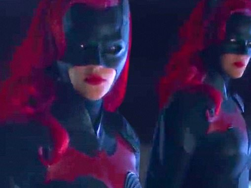 Batwoman trailer reveals new look at Ruby Rose in the title character's full costume
