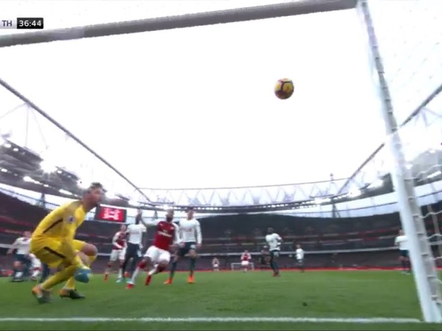 Photos: Goals from Shkodran Mustafi and Alexis Sanchez give Arsenal victory over Spurs