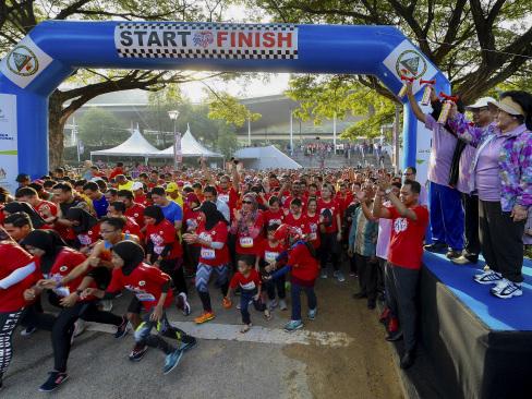2,500 join Jantungku, Kesihatanku Run in Putrajaya
