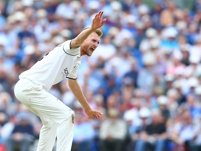 Yorkshire vs Warwickshire: Day Two Report