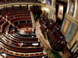 The Latest: Spain extends its state of emergency by 2 weeks