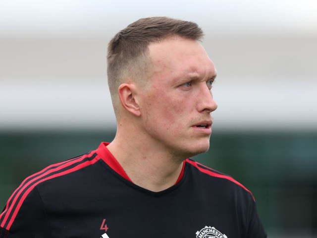 Manchester United's Phil Jones responds to Rio Ferdinand's 'waste of time' comments after injury woes