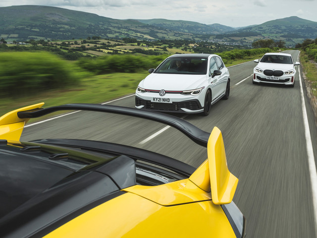 Frontrunners: VW Golf GTI and BMW 128ti vs Honda Civic Type R