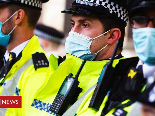 Coronavirus: What powers do the police have?