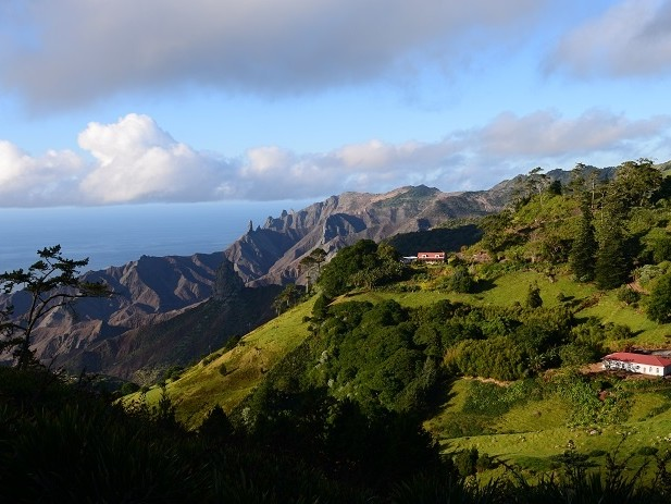 St Helena Tourism welcomes new flights from Cape Town