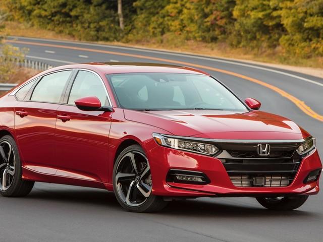 2018 Honda Accord 2.0T rated at 23/34 mpg