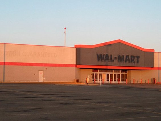 Walmart's latest move confirms the death of the American middle class (WMT, AMZM)