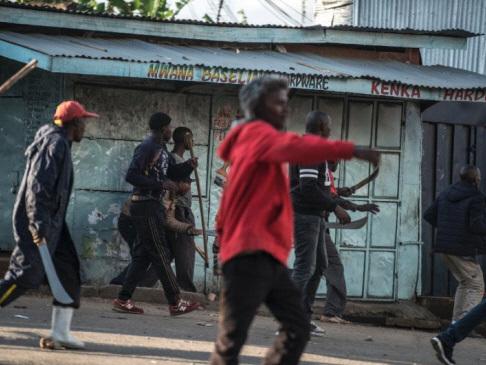 Kenya gripped by tension as Kenyatta leads in disputed poll