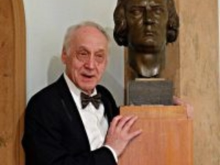 Sad news: Cancer claims eminent Russian pianist, 69