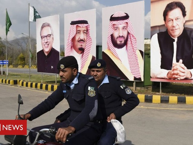 Cash-strapped Pakistan rolls out red carpet for Saudis