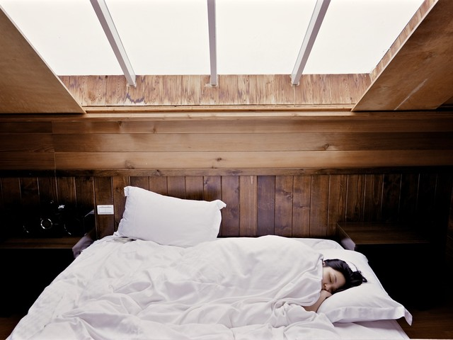 Does Sleeping Poorly Increase Cancer Risk?
