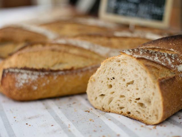 Baker uses urine from public toilets to make 'Goldilocks bread'