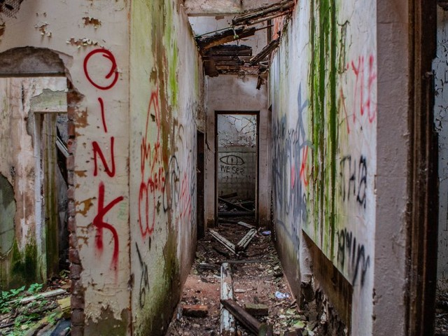 Eerie images of Greater Manchester's 'Hospital for the Insane'