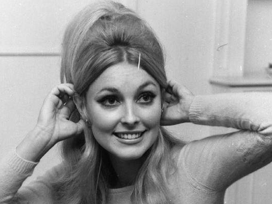 Sharon Tate Wiki: Murder, Crime Scene, Sister & Facts to Know