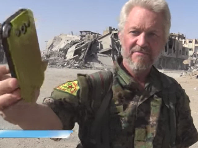 British actor turned anti-Isis fighter plays Ariana Grande in Raqqa