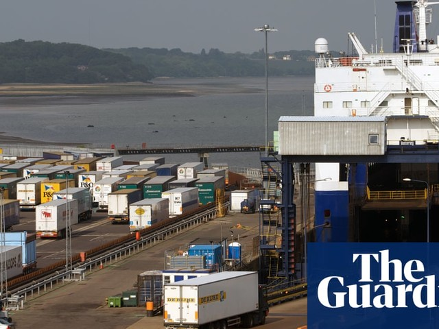 Government signs up ferry firms for £87m in case of no-deal Brexit