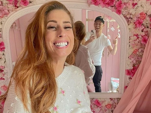 Stacey Solomon sparks rumours she's ready to give birth as she quits social media