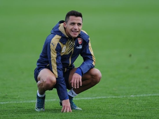 Unsettled Sanchez back in training with Arsenal