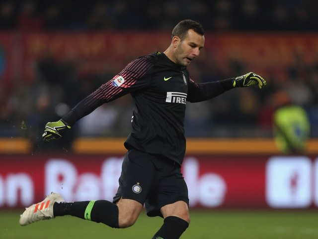 Inter Milan lets AS Roma back in during 2-2 draw