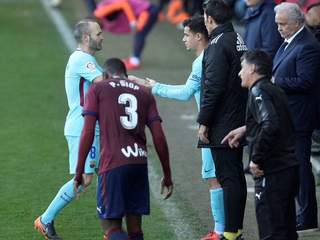 Barcelona fans loved Philippe Coutinho's appearance against Eibar - despite £142million signing playing just 27 minutes