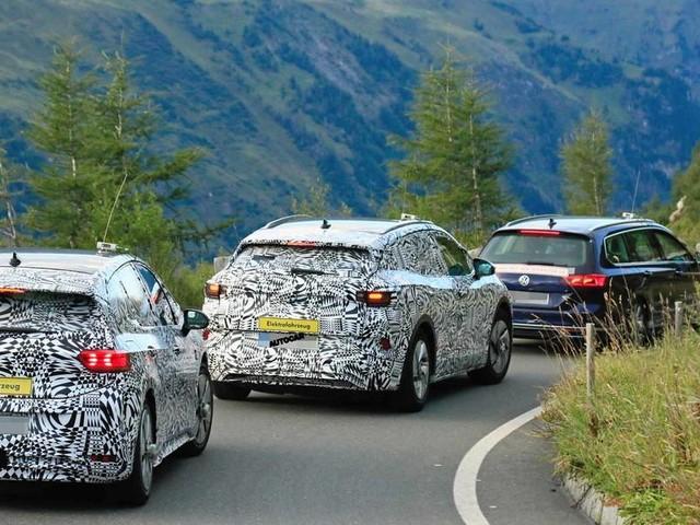 Volkswagen ID 4: 2020 electric SUV tests alongside ID 3