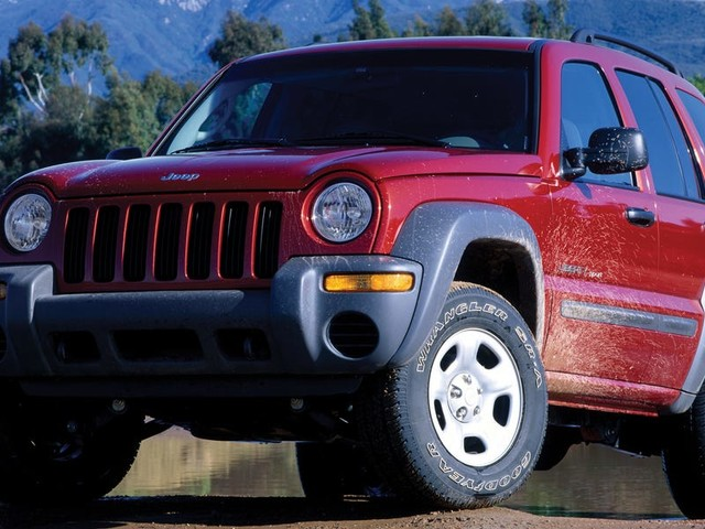 Fiat Chrysler has been trying to merge with another carmaker for years — here's why (FCAU, RACE)